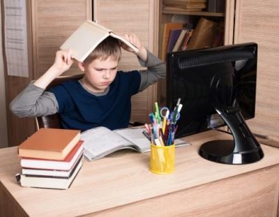 Карантин или дистанционка? Чем займутся школьники после окончания зимних каникул?